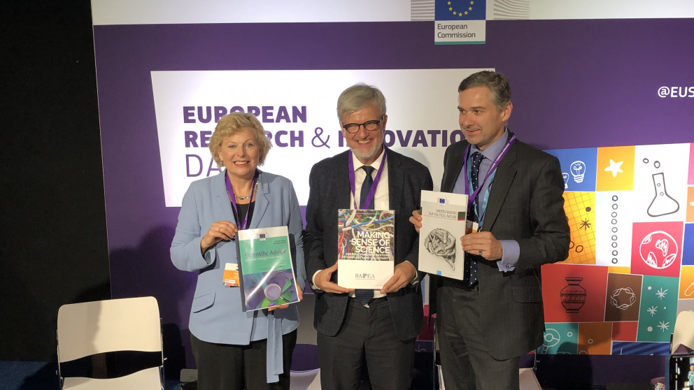 Pearl Dykstra, EC Group of Chief Scientific Advisors; IASS-Direktor Ortwin Renn; David Mair, European Commission, DG Joint Research Centre (JRC)