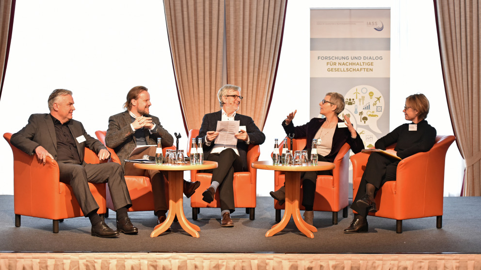 Diskussionsrunde in Cottbus