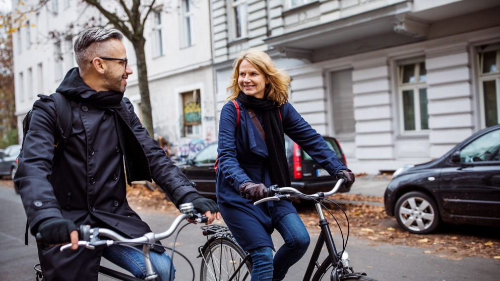 Researchers are calling on politicians to allow safe walking and cycling during the Covid-19 pandemic.