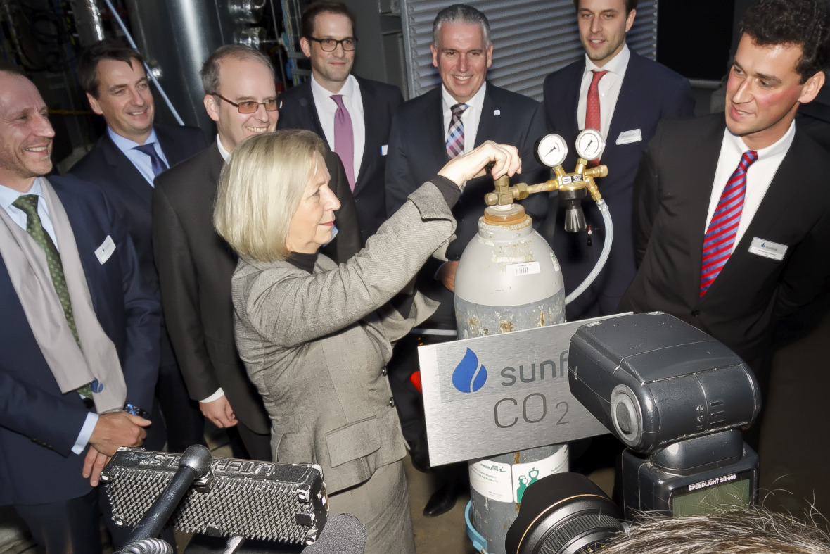 German Research Minister Johanna Wanka inaugurates a power-to-liquid plant in Dresden.